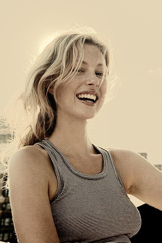 http://www.borispale.com/Portrait/images/A_Madeleinei_0567_fast_BW-2.jpg